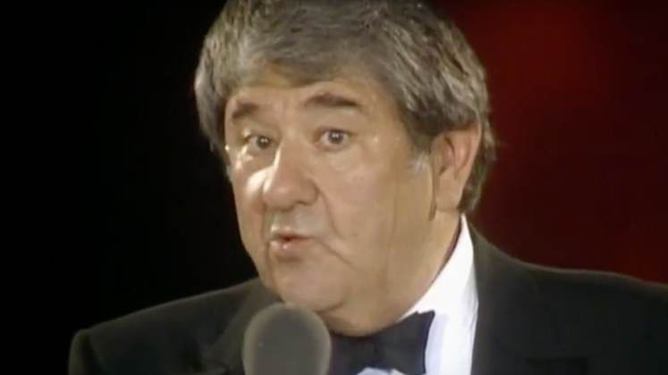 Large image of stand-Up comic Buddy Hackett