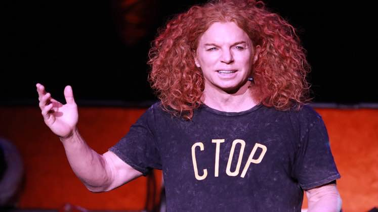 Large image of stand-Up comic Carrot Top