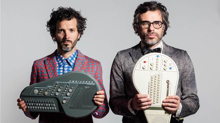 Large image of stand-Up comic Flight of the Conchords