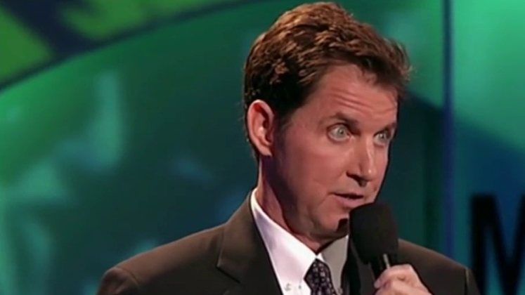 Large image of stand-Up comic Kevin Brennan
