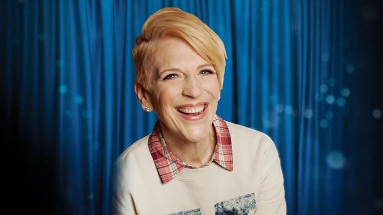 Large image of stand-Up comic Lisa Lampanelli