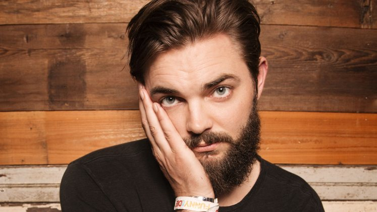 Large image of stand-Up comic Nick Thune