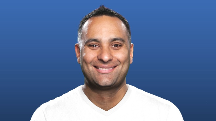 Large image of stand-Up comic Russell Peters