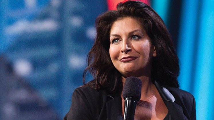 Large image of stand-Up comic Tammy Pescatelli